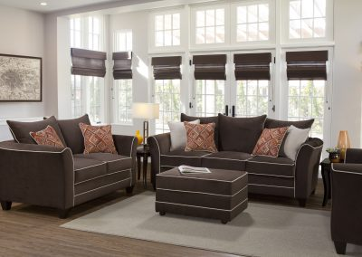 2650 Hughes Livingroom
