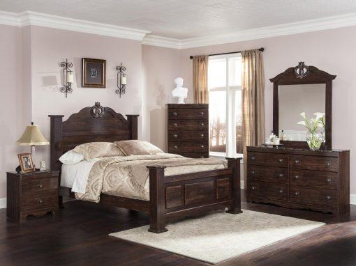 401 Ariana King Bedroom